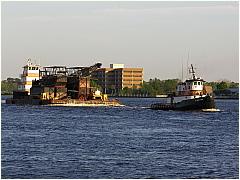 0603TugboatBarge10.JPG