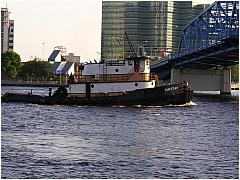 0603TugboatBarge11.JPG